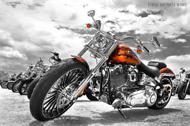 Harley-Davidson CVO Breakout by UtopiaSkyPhotoWorks