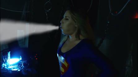 Supergirl freezing by Superbreath