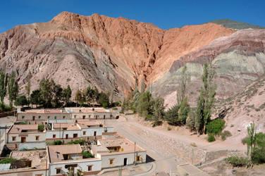 Cerro de los Siete Colores by ultradeq