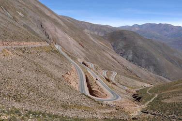 Curvy Road by ultradeq