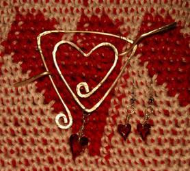 Heart-to-Heart Shawl Pin by Catsarah