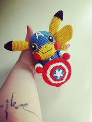 Pikachu Captain America Amigurumi (Small version) by Marik0