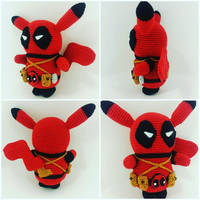 Deadpool Pikachu Amigurumi by Marik0