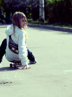 Skater girl by 6igella