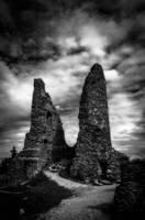Ruin tower by McGoe