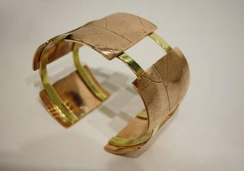 Leaf Bracelet by ksphoto