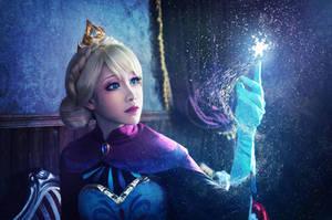 Elsa by MM-yam