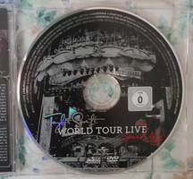 TS Speak Now World Tour Live CD + DVD 04 by Avengium