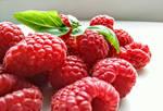 Raspberries by theEW-art