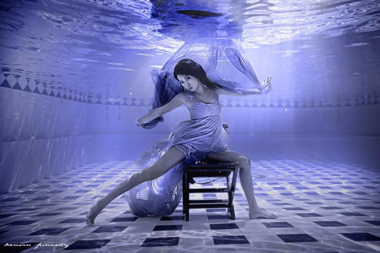 dancing underwater by kenvinpinardy