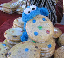 Cookie Monster and Cookies by Thysania