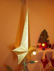 Command star Xmas tree topper by Masazaki