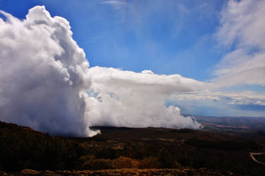 Clouds at the Mount Etna by kErstinR