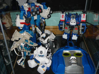 Ultra Magnus Madnus Shelf 4 by GMfan101