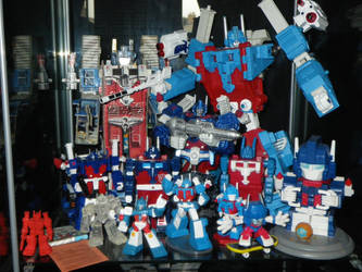 Ultra Magnus Magnus Shelf 2 by GMfan101