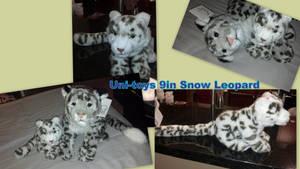 Uni-toy 9in snow leopard by Vesperwolfy87