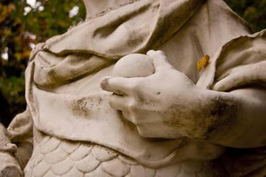 Estatua by negativefeeling