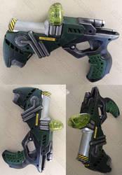 Liquid plasma pistol part Nerf gun mod by GirlyGamerAU