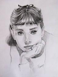 Audrey Hepburn by laoscura