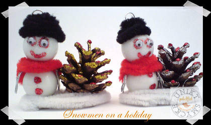 Snowmen on a Holliday by zlatnaribica