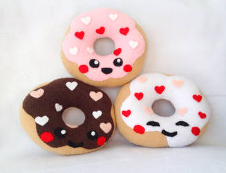 Love donut plushies by XOFifi