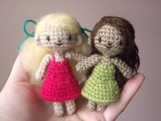 Sidonie the tiny amigurumi doll - Pattern by AnneKo