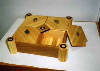 Jewellery box by Kardhu