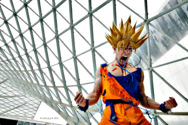Goku cosplay Ssj2 battle damaged by Alexcloudsquall