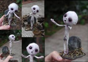 Grimoso, the creature. OOAK art sculpture. by Lauramei