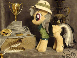 Daring Do and the Griffin's Goblet by WhiteDove-Creations