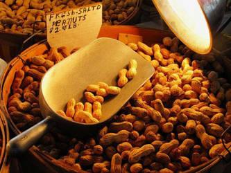 Nuts by hemjesti