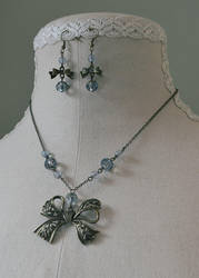 'Victoria Bow' necklace in Earl Grey colourway by Velven