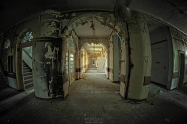 whispering corridors by szydlak