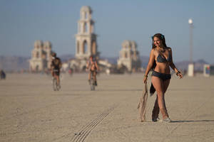 Burning Man - At the Temple 2 by shadowhearts