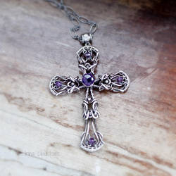 Sterling silver Cross Pendant by taniri