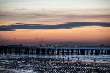 Stormbreaker sunset by Elssa