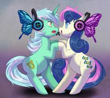 Lyra and Bon-Bon :Magnet: by WhitePhox
