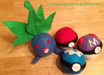 Oddish Plush + Pokeball Plushies by hollystarlightanime