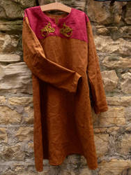 Another late Viking tunic, rich and deep colors by Symbelmune
