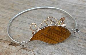 leafy bracelet by thebluekraken