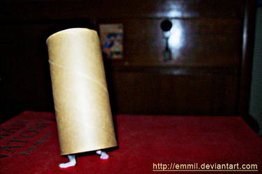 The Walking Tissue Roll by emmil