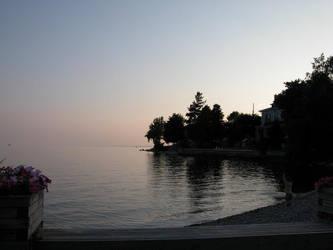 Somewhere over the sunset... by chrisramalho