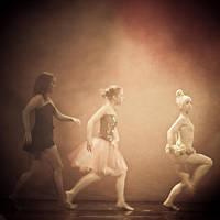 1018 - as girls go by Pecuchet