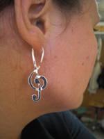 Treble Clef earrings by fairyfrog