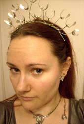 Mistletoe tiara in progress by fairyfrog