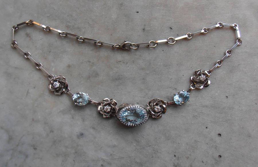 Karins Gold Rose necklace by fairyfrog