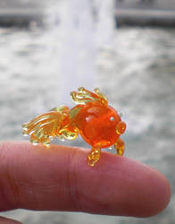 Torsten the dainty glass goldfish by fairyfrog