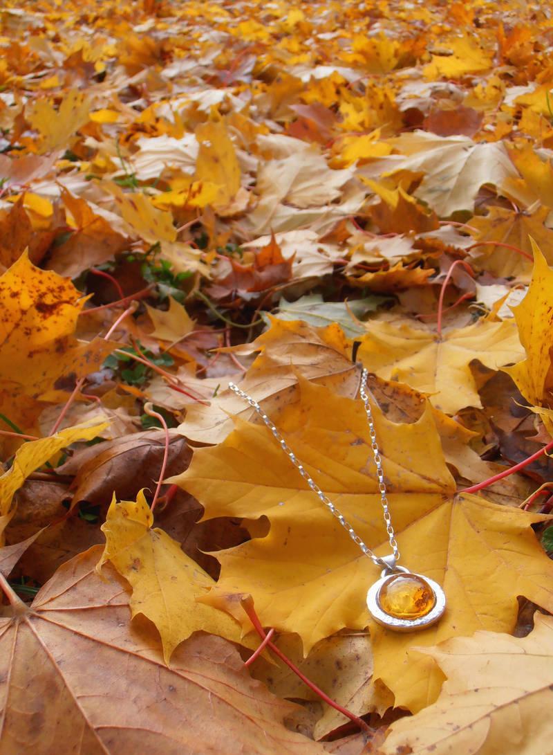 Autumn rose amber pendant by fairyfrog