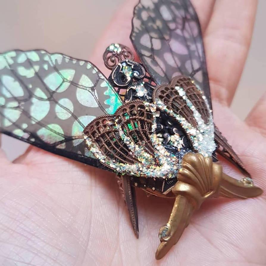 Chronomoth by fairyfrog