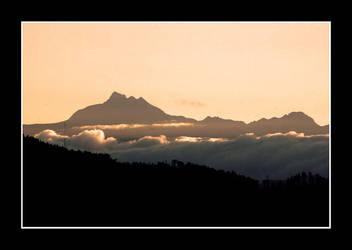 Peak by chinlop